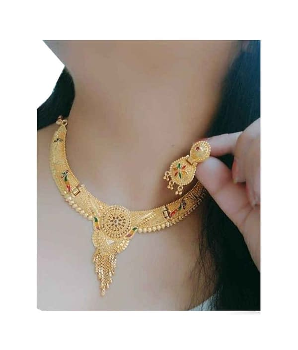 03-P-3547383-g - Beautiful Ethnic Gold Plated and Matte Finish Tem