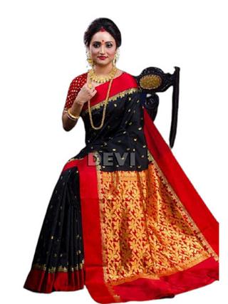 Vardaniya Fashionable Banarasi Kanjivaram Silk Sarees